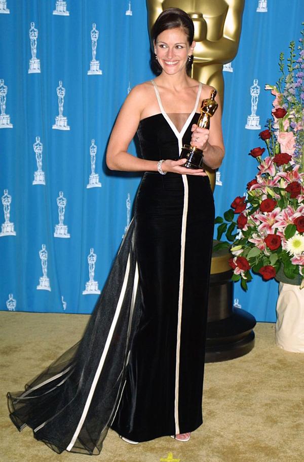 Джулия Робертс в винтажном платье от Валентино
